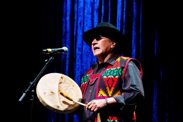 Traditional Native American artists performing at the NAMA's
