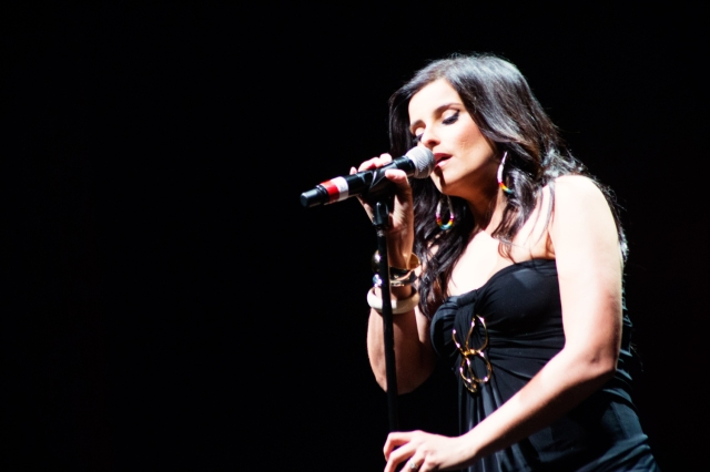Star Nelly Furtado at the Native American Music Awards