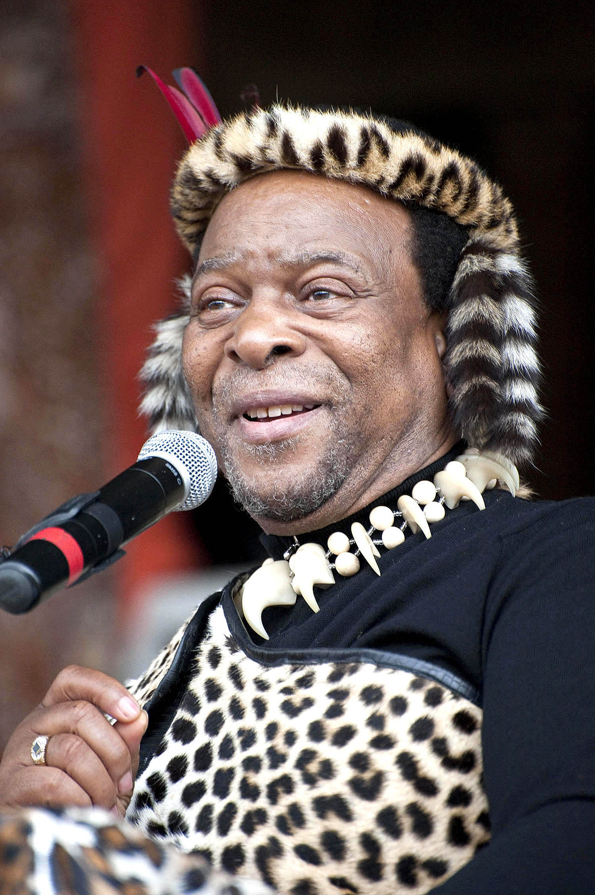 King Zwelithini hosts Diwali celebrations